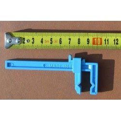 Plastová svěrka malá - 25 mm dlouhé čelisti, maximální rozevření 85 mm, 2 ks