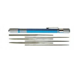 Sada pilníků - obsahuje jednu eloxovanou kleštinovou rukojeť a 6 malých jehlových pilníků